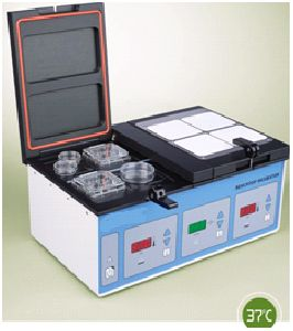 TRI GAS SYSTEM BENCH TOP 4 chamber INCUBATOR