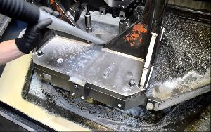 Metal Cleaner Oil