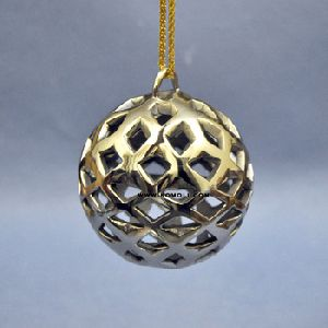 Diamond Cut White Metal Christmas Ornament