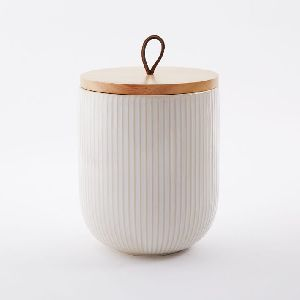 White Tin Box For Tea With Wooden Lid