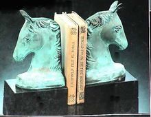 Metal Table Top Book Ends