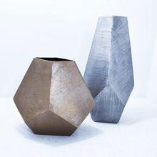 Beautiful Design Metal Flower Vases