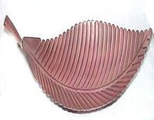 Decorative Metal Leaf Shape Tray
