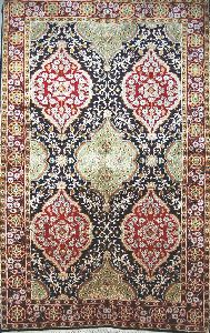 Kashmir Silk Carpet Hand Knotted, Red And Green