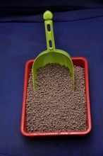Premium Colored Clumping Benonite Cat Litter