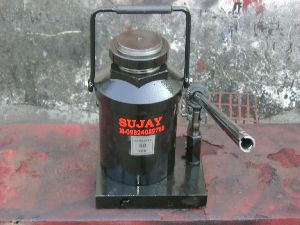 'sujay' Bottle Type Hydraulic Jack