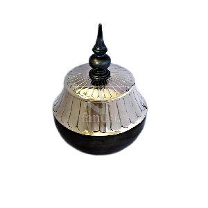 Ziyan Decorative Metal Jar