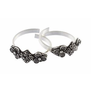Women Silver Toe Ring (str36)