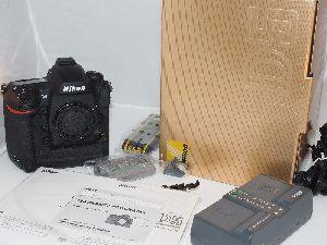 Nikon D D5 20.8 Mp Dslr Digital Slr Camera