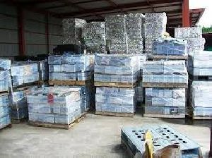 Drained Lead Acid Battery, Used Car Battery And Drain Car Battery Scrap