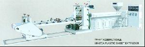 Plastic Sheet Extruding Machine
