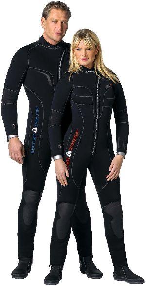 Wetsuits & Drysuits