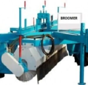 Road Cleaning Broomer