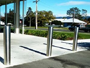 STAINLESS STEEL BOLLARDS AND CRASH BARRIERS