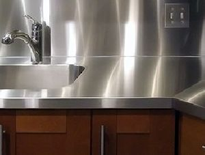 STAINLESS STEEL TABLES AND COUNTERS