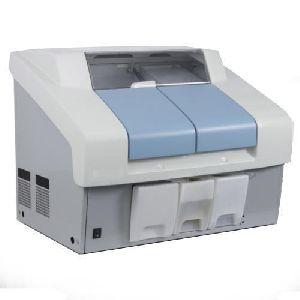 Fully Automatic Clinical Analyzer