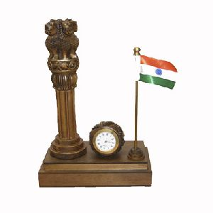Flag Watch Stand