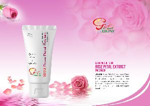 Divine Rose Petal Extract Face Wash
