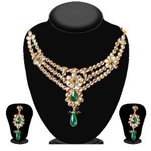 Fashion Gold Plated White Kundan Necklace Set