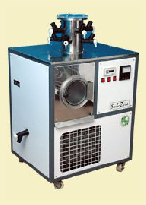 Lyophilizer and Freeze Drier