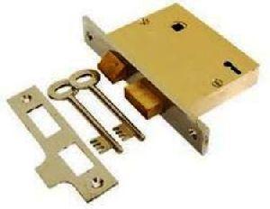 Lockers Lock Characteristics