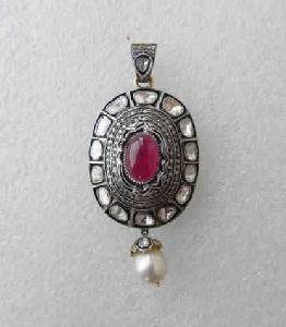 Attractive Diamond Polki Pendant