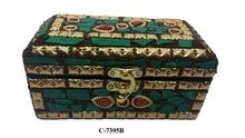 Four Corrner Wooden Box With Green Stone