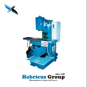 Vertical Hydraulic Operated Milling Machine