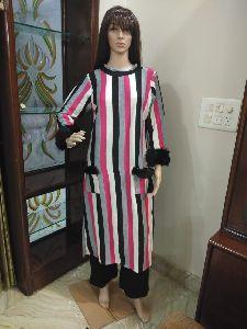 Ladies Woolen Straight Kurti