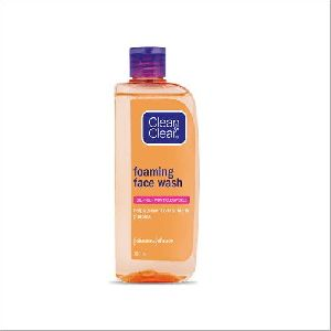 Clean N Clear Foaming Face Wash