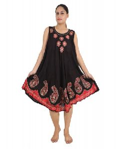 Rayon Stylish Embroidery Maternity Dresses