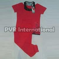 Teenage Girls Knitted Pyjama Set