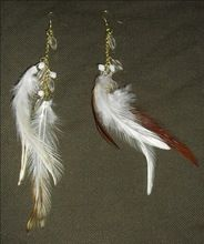 White Red Feather With Golden Metal Chain Clear Beaded Earrings