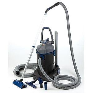 Pond Professional Vacuum Cleaner