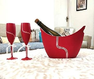 Love Red Unbreakable Champagne Flutes