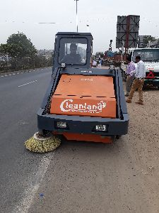 Road Cleaning Machines Manufacturers