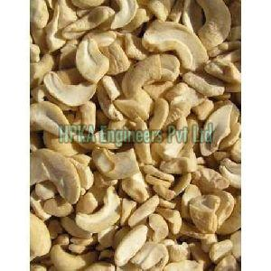 Broken Cashew Nuts