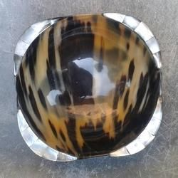 Horn Bowls With Mother Of Pearl Borders For Home Stores