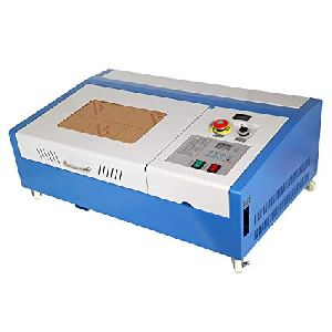 Mini Laser Engraving And Cutting Machine Model :-marksys- Ec3.2