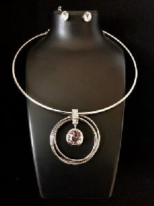 Western Round Crystal Circle Silver Necklace Set With Crystal Stud