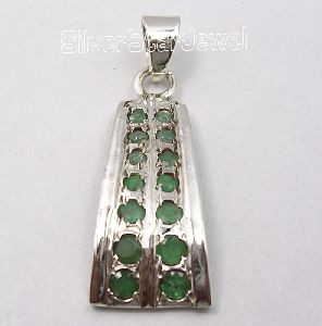 925 Silver Emerald Gemstones Pendant