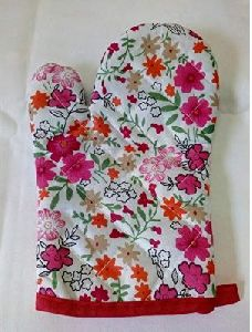 Multipurpose Fancy Floral designed Cotton Padded Kitchen Gloves