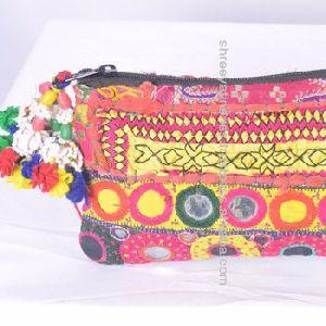 1d8e7cea5b Banjara Clutch Bags in Uttar Pradesh - Manufacturers and Suppliers India