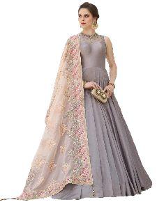Ladies Designer Grey Party Wear Gown