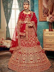 Bridal Wear Zari Work Velvet Designer Lehenga Cholis