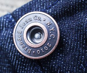 coustme made jeans buttons