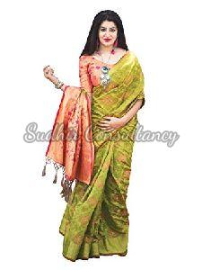f590658813 Patola Sarees - Manufacturers, Suppliers & Exporters in India