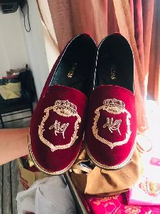Mens Embroidered Footwear