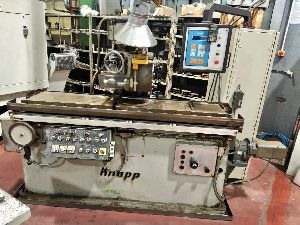 RACK CUTTING MILLING MACHINE, KNAPP - UZFM. with PLC.