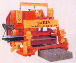 High Capacity Hydraulic Type Egg Laying Block Making..
